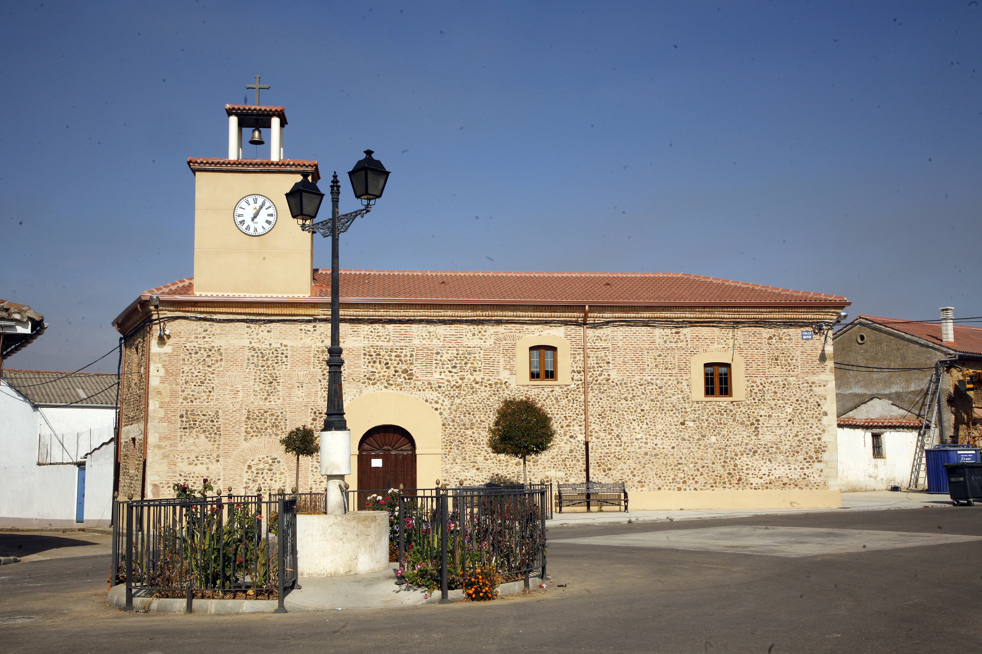 Ayuela-Iglsa (2)